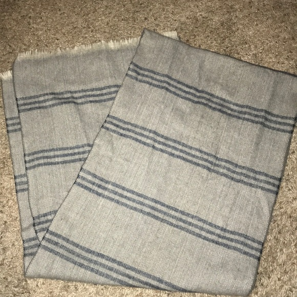 Banana Republic Other - Scarf
